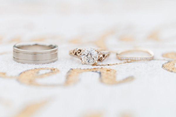 Engagement ring: www.stylemepretty... | Photography: J. Layne - jlaynephotograph...