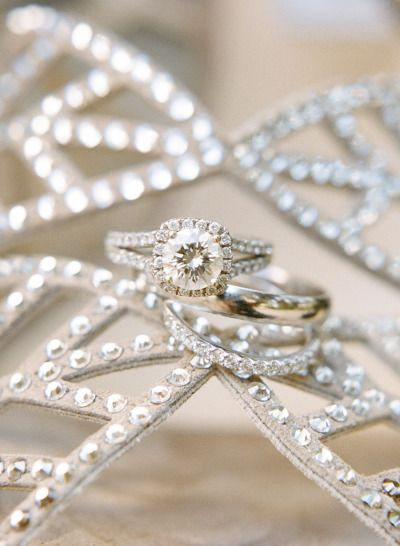 Round diamond in a square setting: www.stylemepretty... | Photography: Rebecca Y...