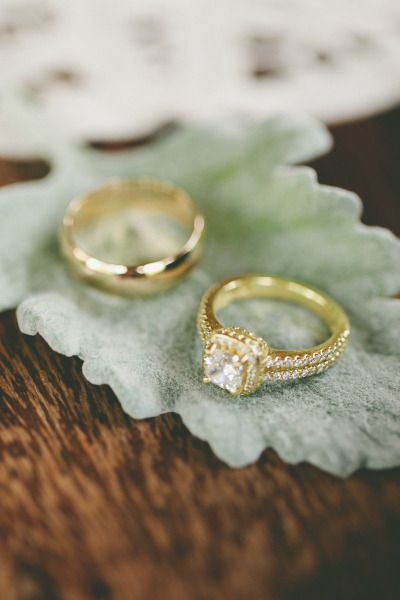 Stunning gold engagement ring! www.stylemepretty...   Photography: Brandon Chesb...