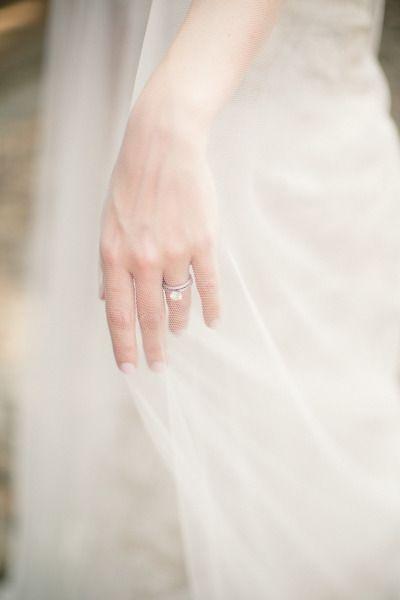 The ring: www.stylemepretty...   Photography: Lauren Gabrielle - laurengabrielle...