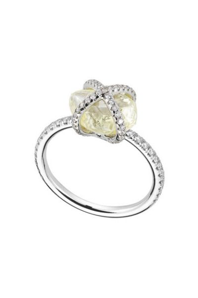 This Embrace ring from Diamond in the Rough will forever hold your heart: www.st...