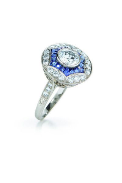 This sapphire vintage engagement ring from Kwiat would make any bride feel like ...