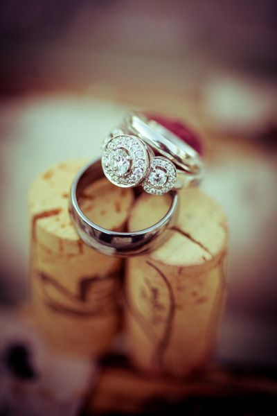 Unique engagement ring: www.stylemepretty... | Photography: Brent Harrewyn
