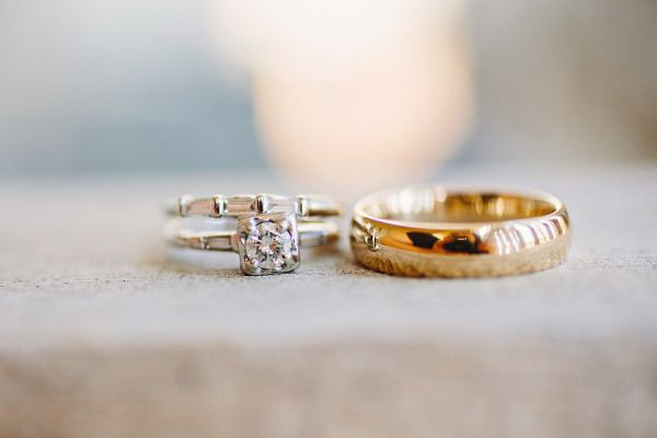 Unique engagement ring: www.stylemepretty... | Photography: Red Fly Studio - the...