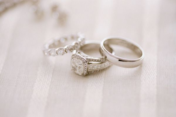 Wedding bling: www.stylemepretty... | Photography: Lacie Hansen - laciehansen.co...