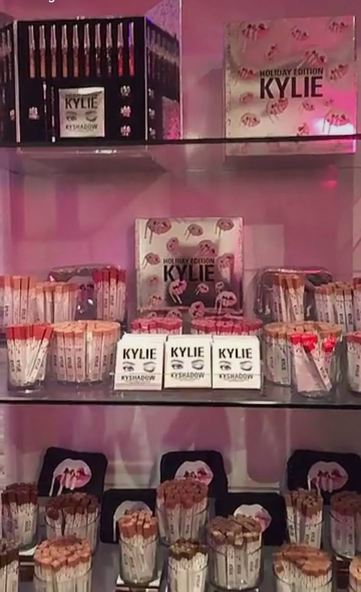 Kylie Cosmetics Pop Up Shop