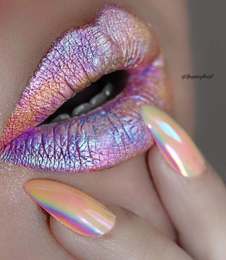 Make Your Lips Pop With This Oil Slick Makeup Hack | Brit + Co This is my most p...
