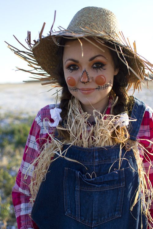 Mary: I like some of these makeup elements. Scarecrow halloween costume & makeup...