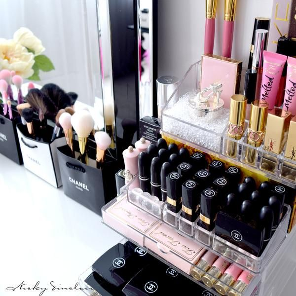 Muji acrylic makeup organizer for cosmetic storage -- 5 drawer storage for magne...