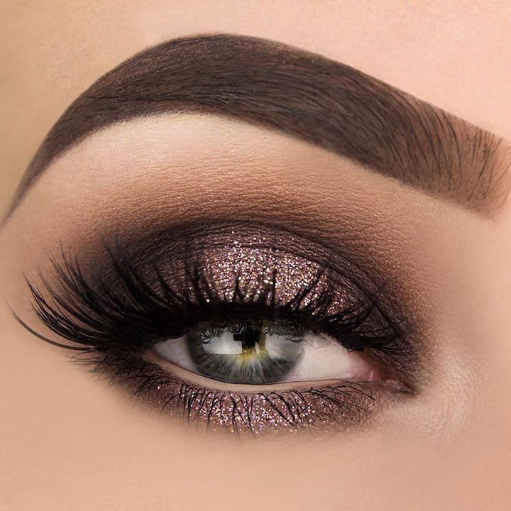 Who doesn't love a gorgeous,shimmery eye? With a pop of sparkle on the lid a...