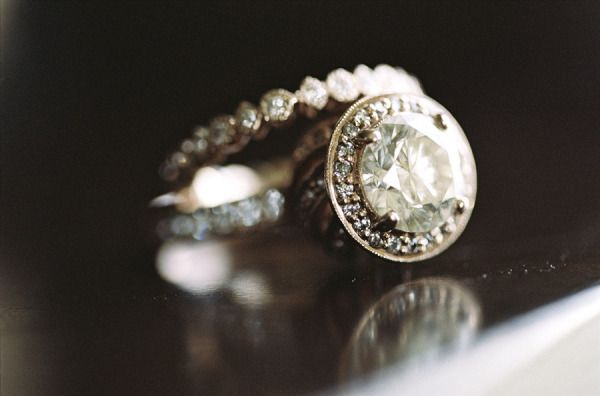 #rings | Photography by braedonphotograph... |   Read more - www.stylemepretty.....