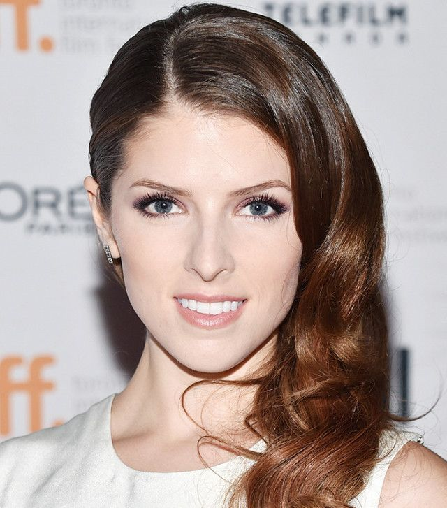 Anna Kendrick's old Hollywood-inspired curls are stunning