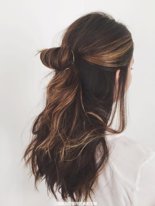 Consider a full circle hair clip for a fresh half up hairstyle