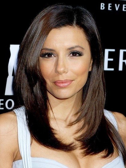 Eva Longoria's layered mid-length cut is perfect for those with heart-shaped...