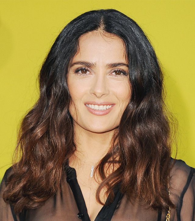 In love with Salma Hayek's naturally textured curls
