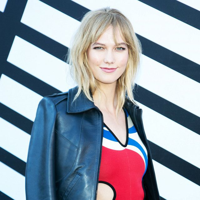 Karlie Kloss stepped out with perfectly lived-in, eyebrow-grazing bangs