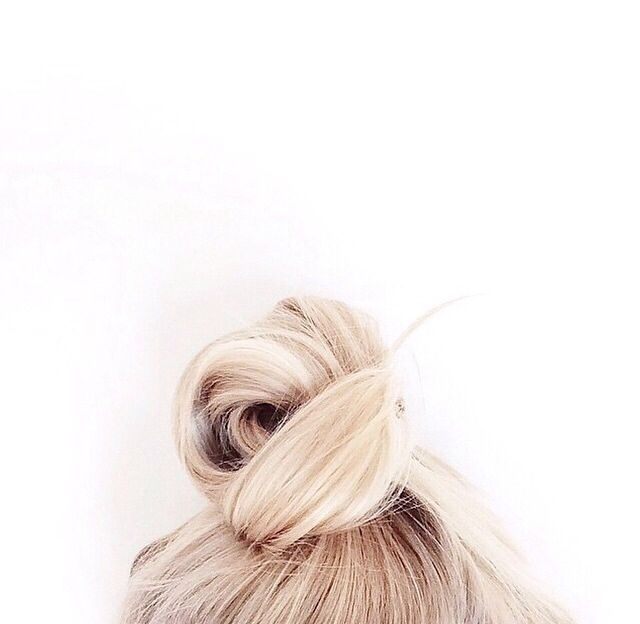 The perfect top know for an easy on-the-go hairstyle