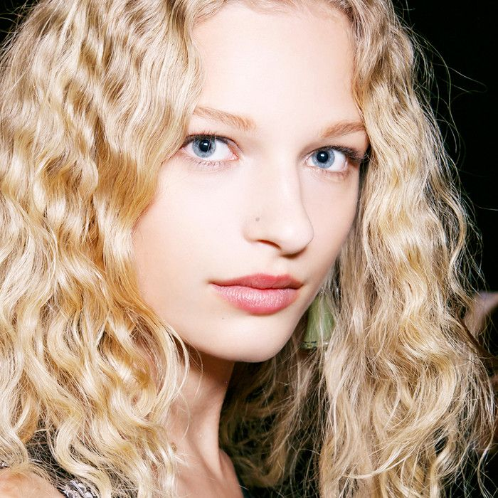 These genius hairstyling tips from top hairdressers will revolutionize your at-h...