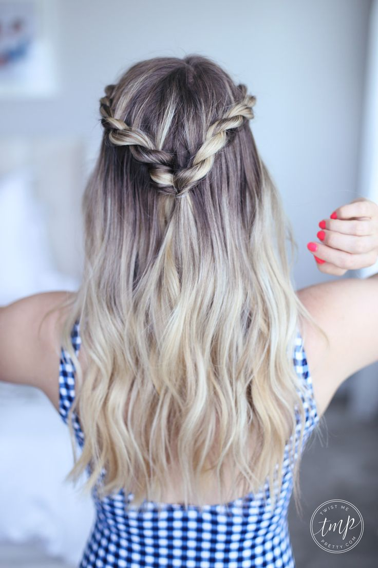 twisted half crown hairstyle with beachy waves that is perfect for a summer day