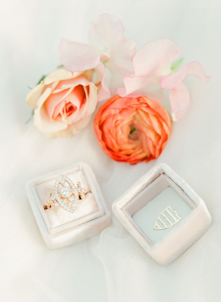 A pretty pink ring box: www.stylemepretty...