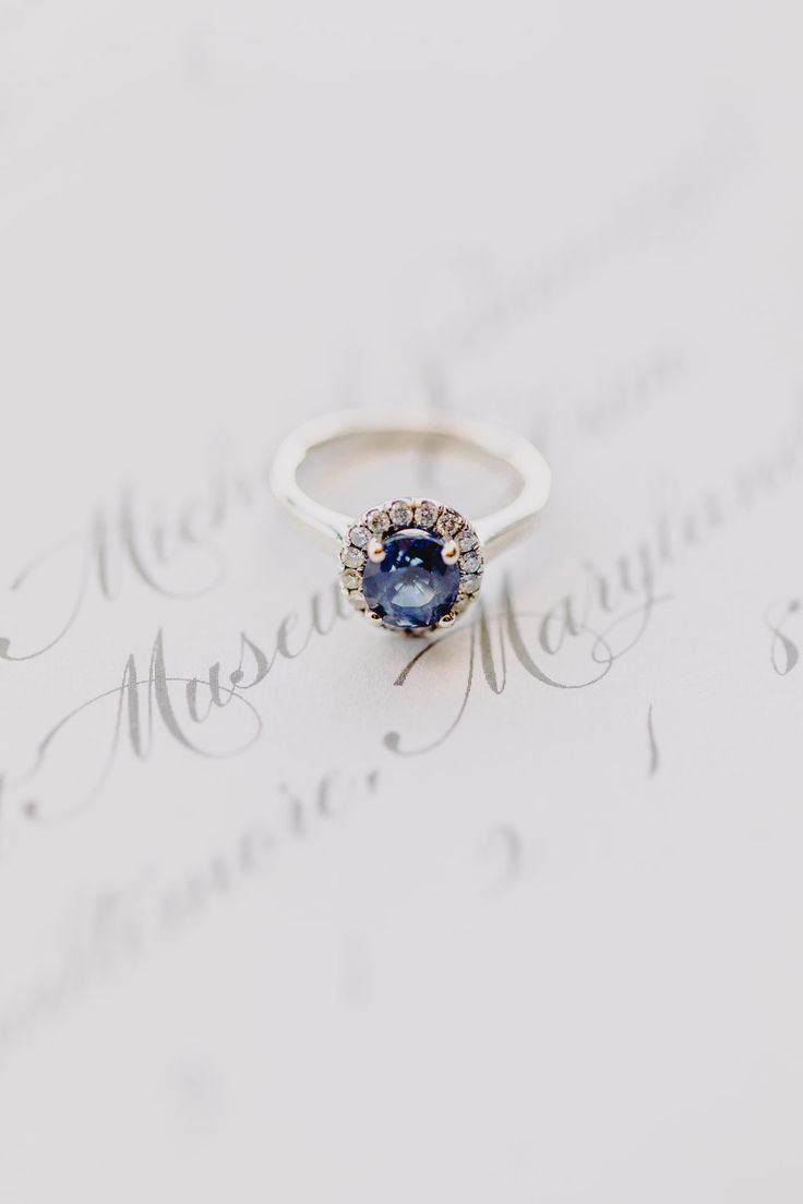 Blue sparkler | Photography: L Hewitt Photography