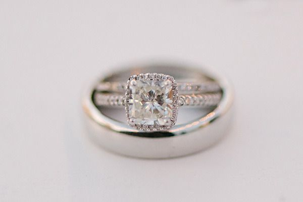 #Enagement #Ring - LOVE | Photography: We Heart Photography