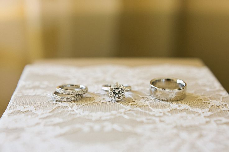 Engagement and Wedding Rings | Melissa Schollaert Photography | On SMP: stylemep...