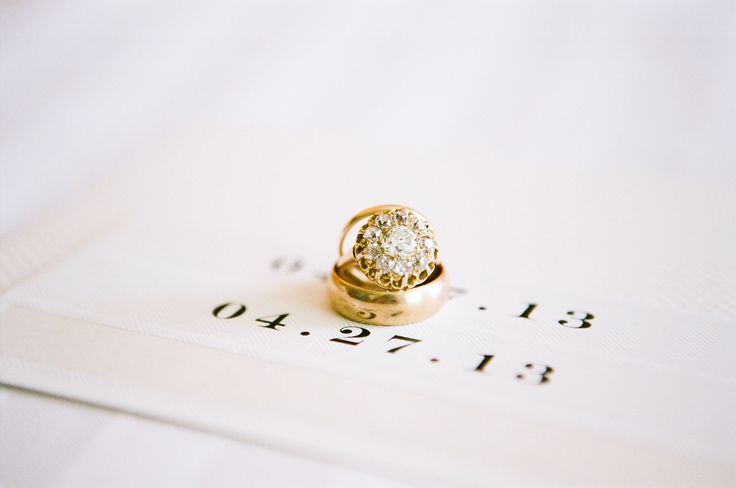 #Engagement ring - Different! We like different! See the wedding on SMP - www.St...