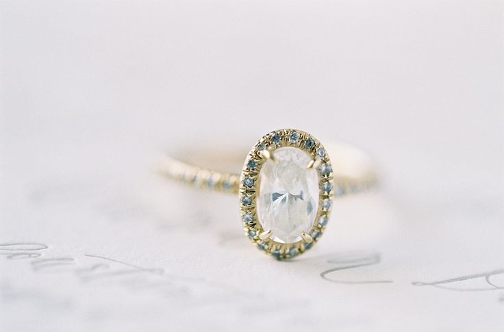 #EngagementRing | Not sure we've ever seen anything more beautiful! Photography ...