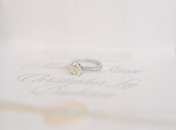 #engagementring www.stylemepretty... | Photography: Jessica Burke - www.jessicab...