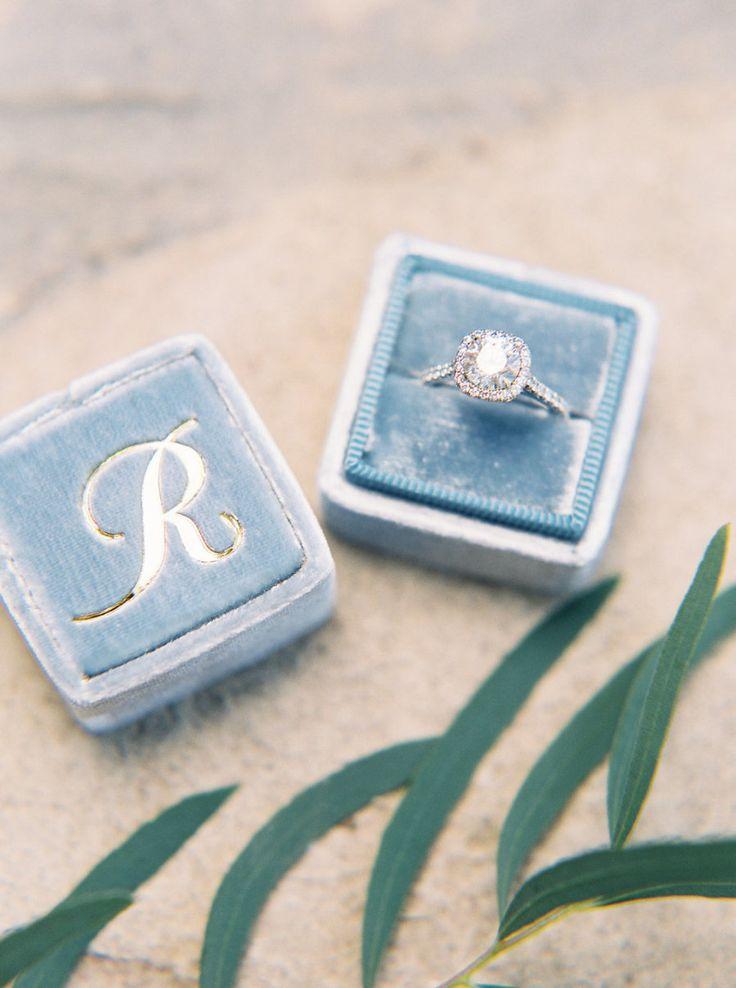 Gorgeous diamond ring: Photography: Jake + Heather - jakeandheatherpho...
