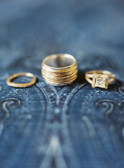 Gorgeous wedding rings in gold Photography by: joshgruetzmacher....