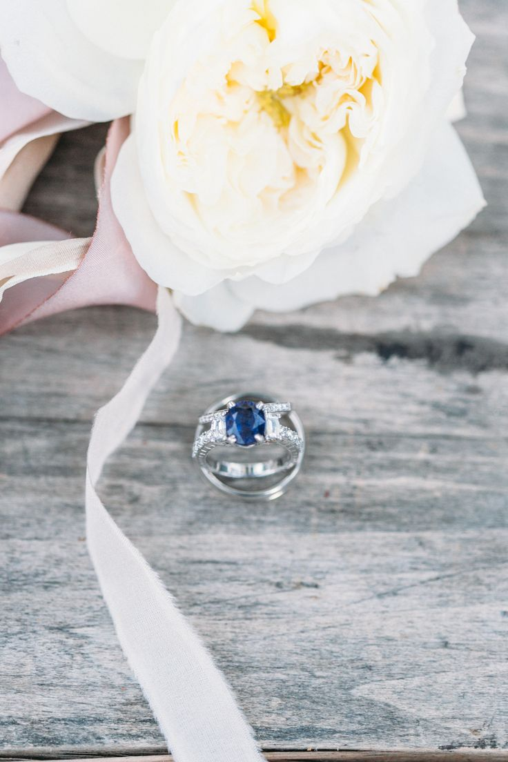 Stunning center stone: www.stylemepretty... | Photography: Hello Love Photograph...