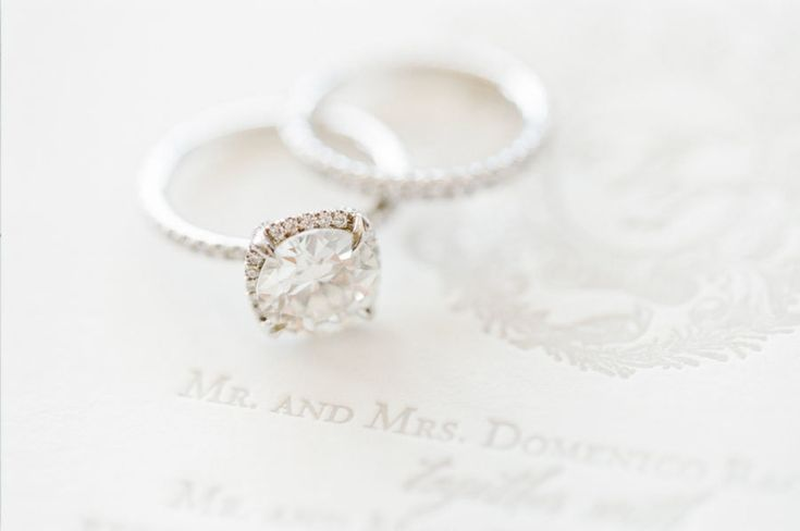Stunning halo engagement ring: www.stylemepretty... | Photography: KT Merry - ww...