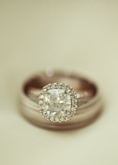 Talk about some beautiful bling! Photography by Alysse Gafkjen / alyssegafkjen.c...