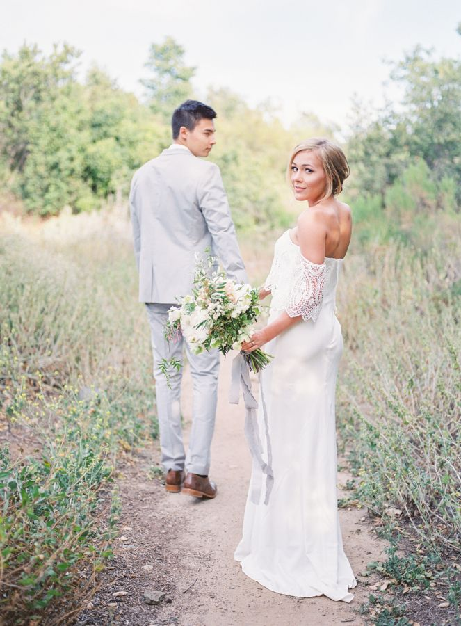 Tell Your Love Story With Platinum. Photography by: Hello Blue Photo  #sponsored