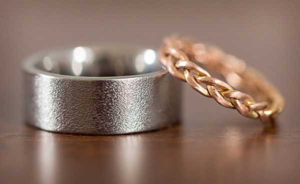 These wedding rings are all kinds of fabulous. Photography by troystlouis.com, B...