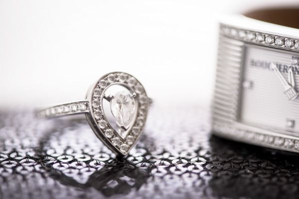 Unique engagement ring: www.stylemepretty... | Photography: Averyhouse - galleri...