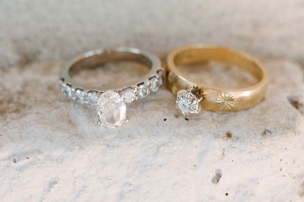 #wedding #rings Photography by brettheidebrecht.com  Read more - www.stylemepret...