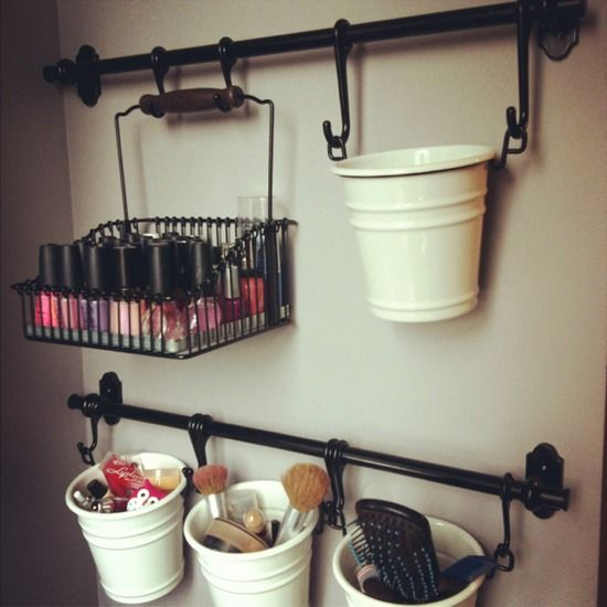 14 DIY Makeup Organizer Ideas That Are So Much Prettier Than Those Stacks Of Pla...