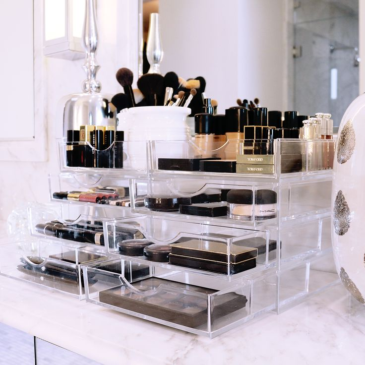 Acrylic Makeup Storage | Clear Acrylic Case | Boxy Girl