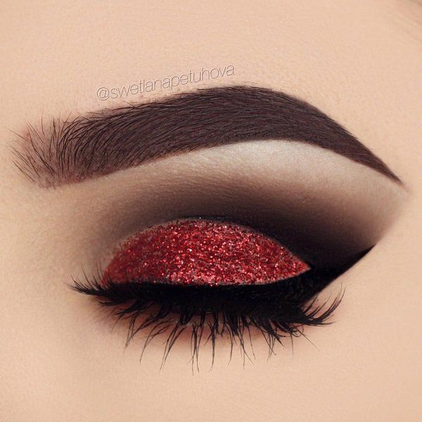 Red and black combination is in every sense very effective, attractive and brave...