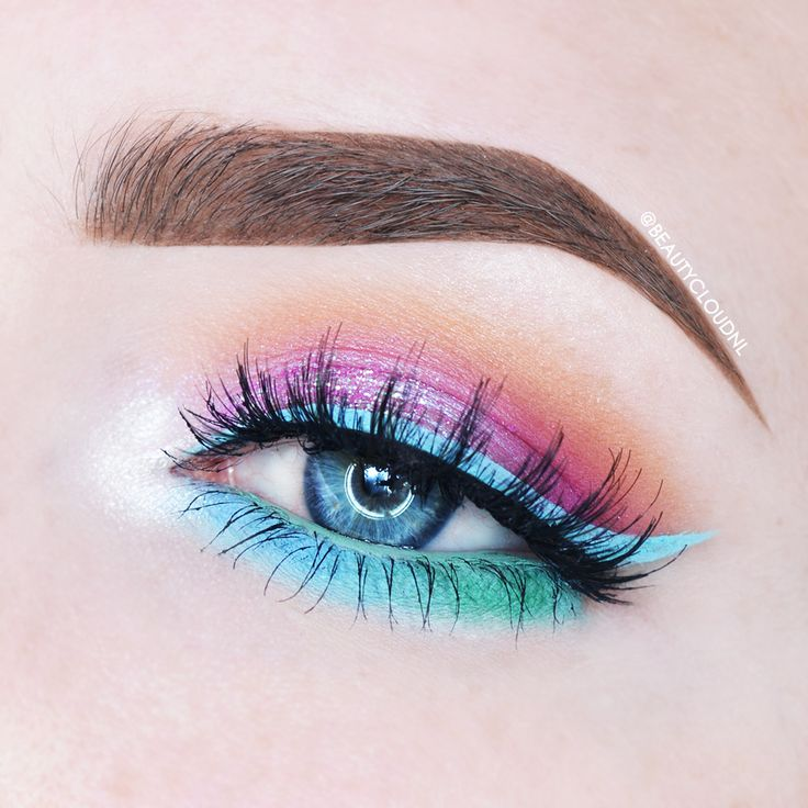 Whimsical (inner corner) Shore Thing & Dragonfly (lower lashline, mixed with Lim...