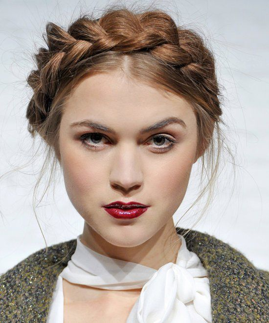 Yes, you can rock braids in the Fall and still be super chic with these hair tip...