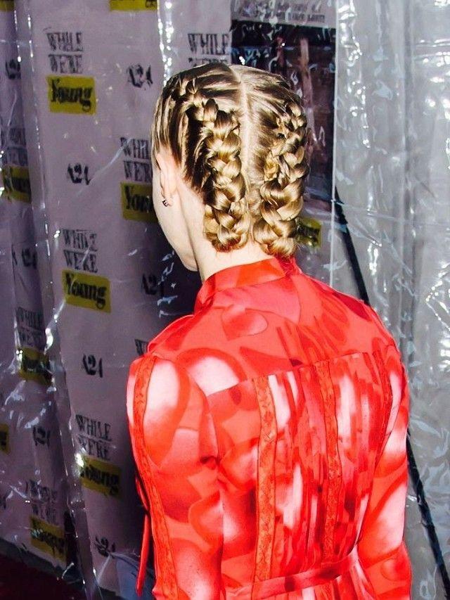 Amanda Seyfried's boxer braids are stunning