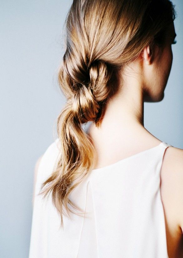 Double-knotted ponytail