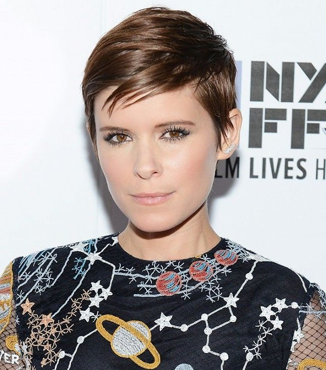 Kate Mara pairs her pixie cut with a soft pink lip and perfect, long lashes