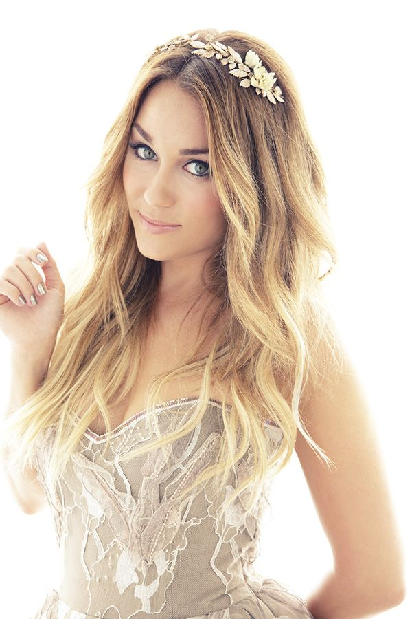 Lauren Conrad's soft flowing waves are gorgeous
