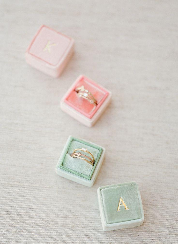 rings in velvet boxes | Photography: Jose Villa