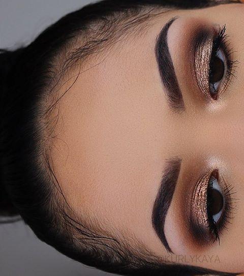 Had to take one of these eyebrow baby hair fleek pics  @anastasiabeverlyhills #a...